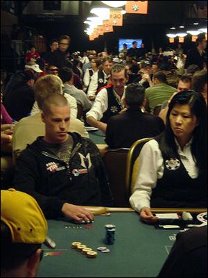 patrik antonius poquer online poker artigos wsop tourney
